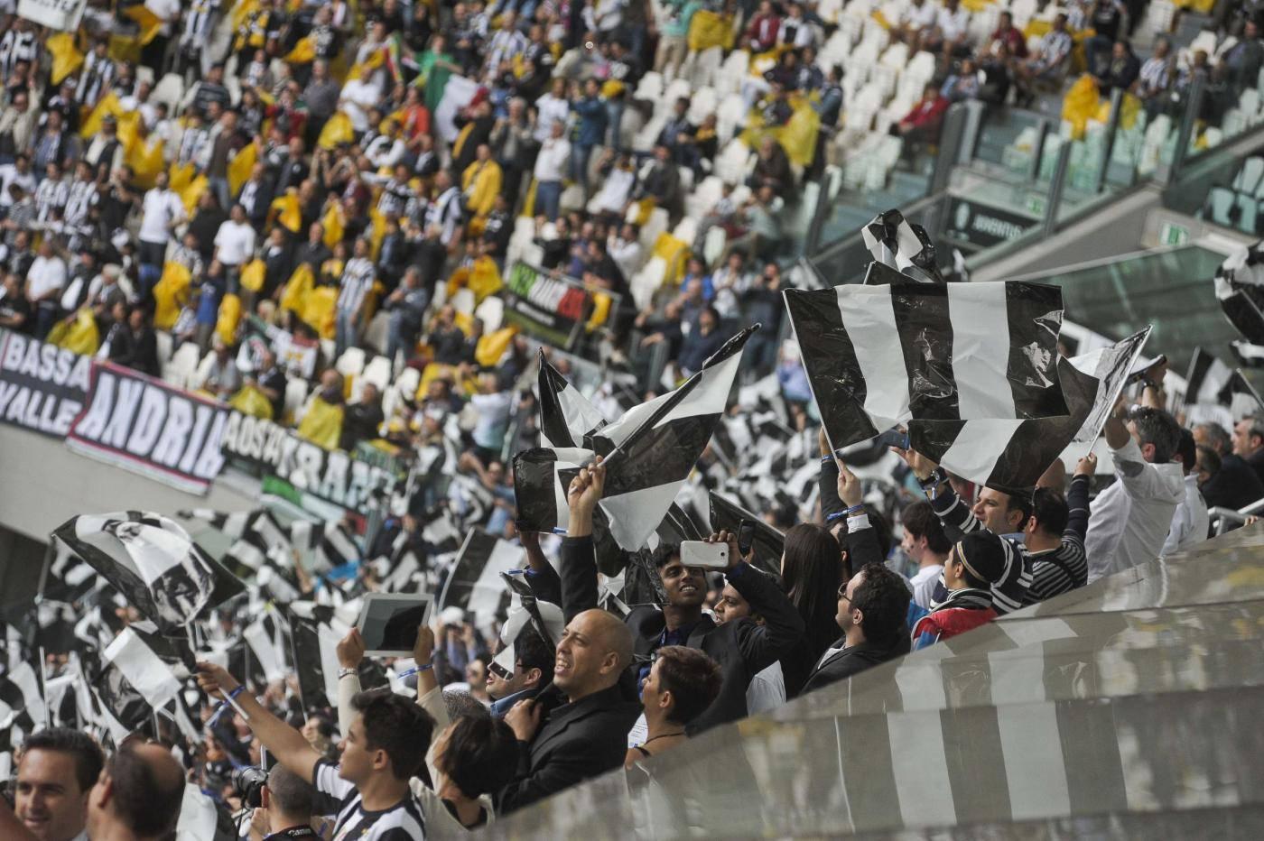 Juventus, l'effetto Ronaldo provoca la protesta dei tifosi: