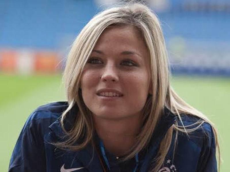 Joueuse de foot lesbienne-2694