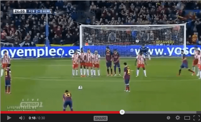 Video Incredibile punizione di Messi