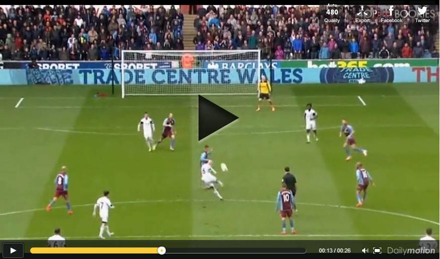 Video, incredibile gol da centrocampo