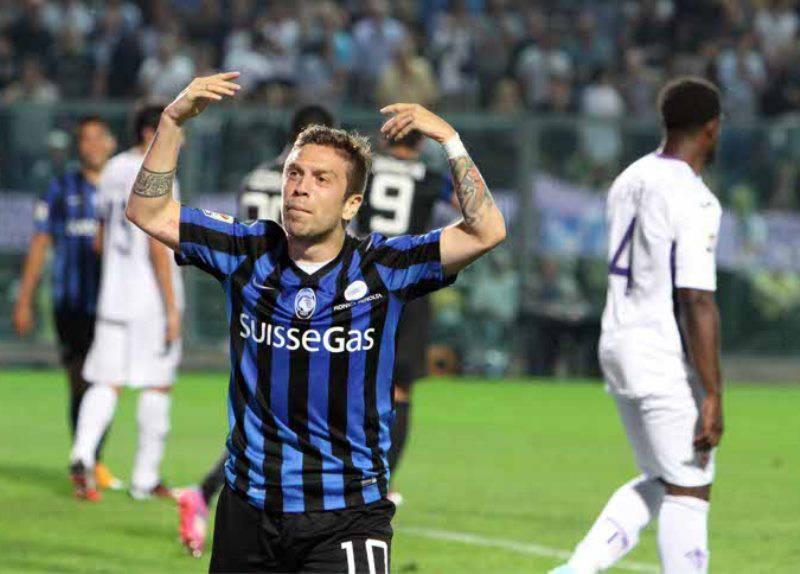 Milan assalto papu Gomez