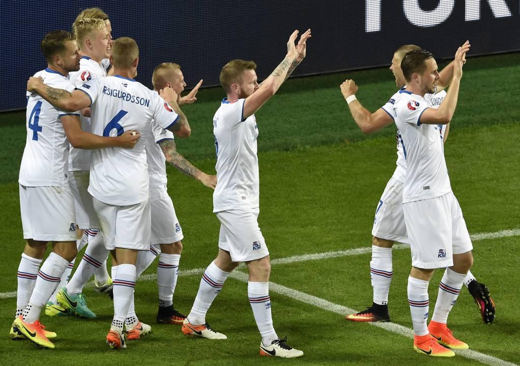 Lo scoglio Islanda per la Francia:
