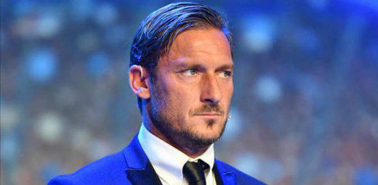 Roma, l'autobiografia di Totti presto un film?
