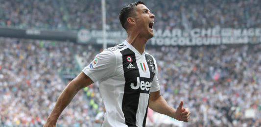 Juventus, Ronaldo alza i pollici per Allegri