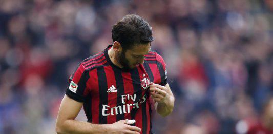 Milan, infortunio Calhanoglu: altra tegola per i rossoneri