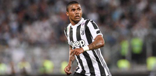 Calciomercato Juventus, Psg in pressing su Douglas Costa