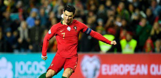 Portogallo Lituania, tripletta Ronaldo: il portoghese mette