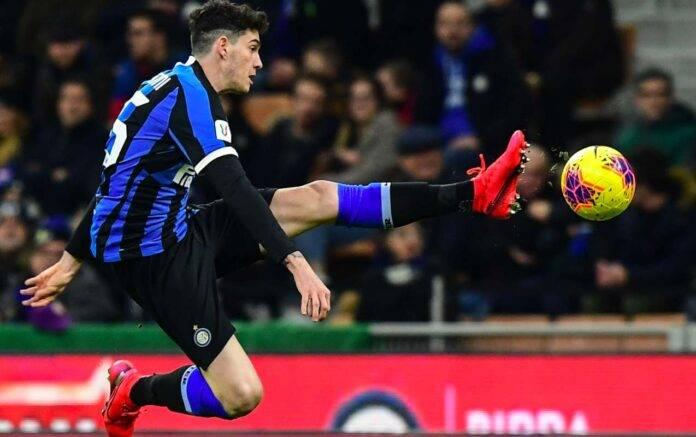 Bastoni rinnovo inter calciomercato Juventus agente