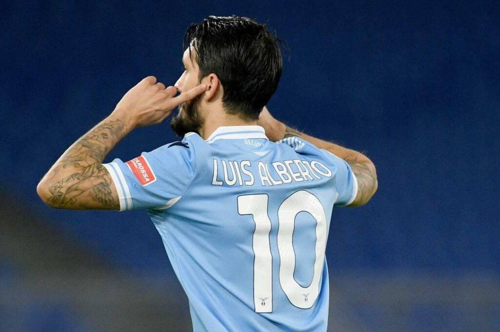 Luis Alberto contro il Bologna (Getty Images)