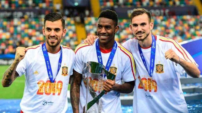 Junior Firpo festeggia con l'U21 ma vuole lasciare Barcellona