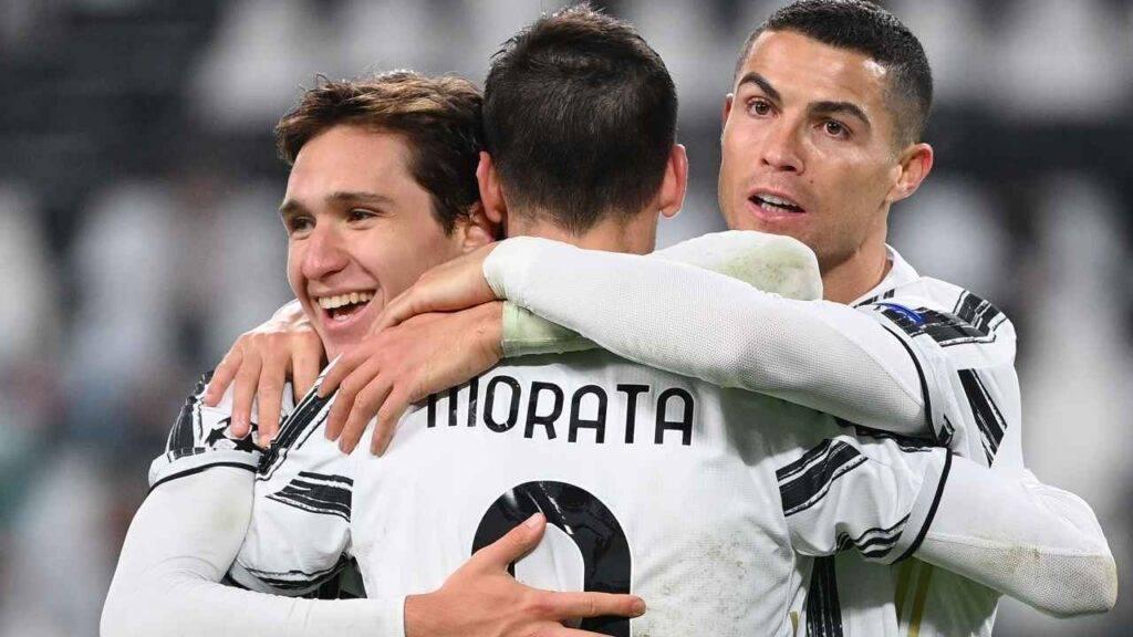 Juventus, Ronaldo e Morata festeggiano Chiesa