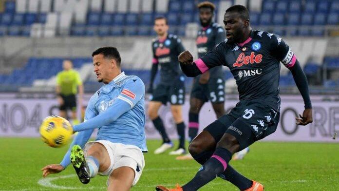 Koulibaly infortunato nella partita contro la Lazio