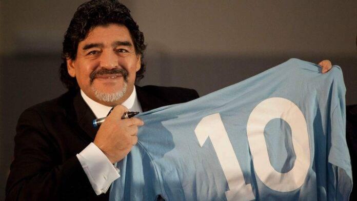 Maradona, cuore di Napoli