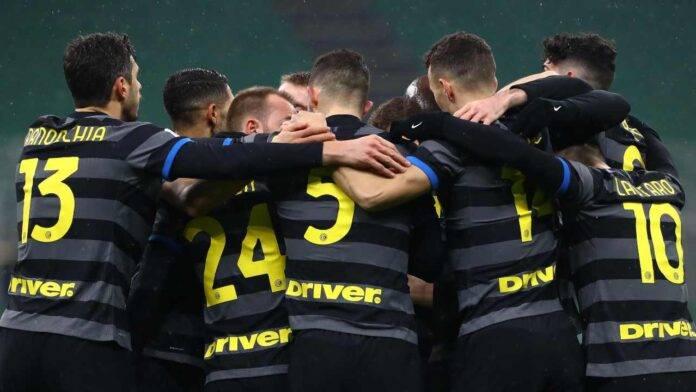 L'Inter esulta al gol