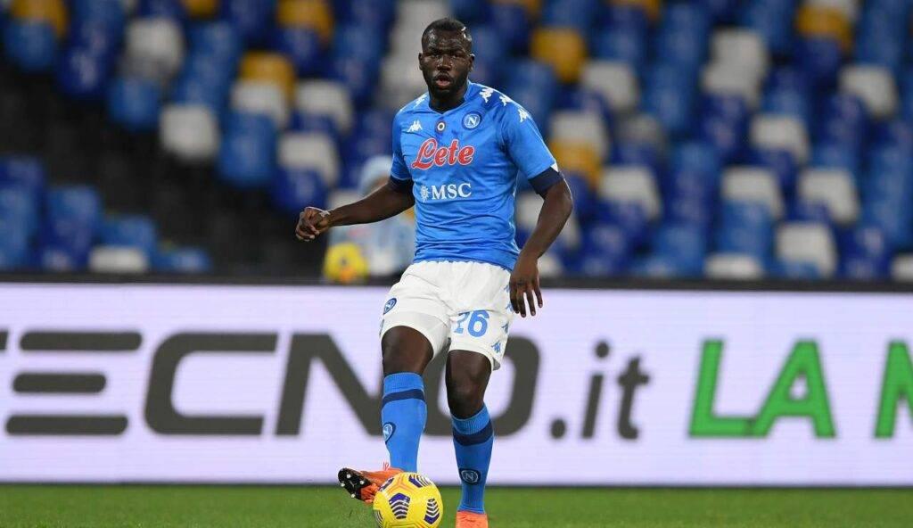 Koulibaly in azione con la maglia del Napoli