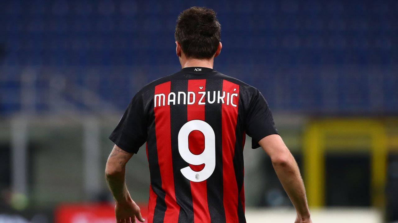 Mandzukic in azione con la maglia del Milan