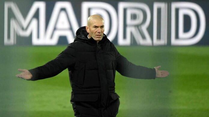Zidane si lamenta