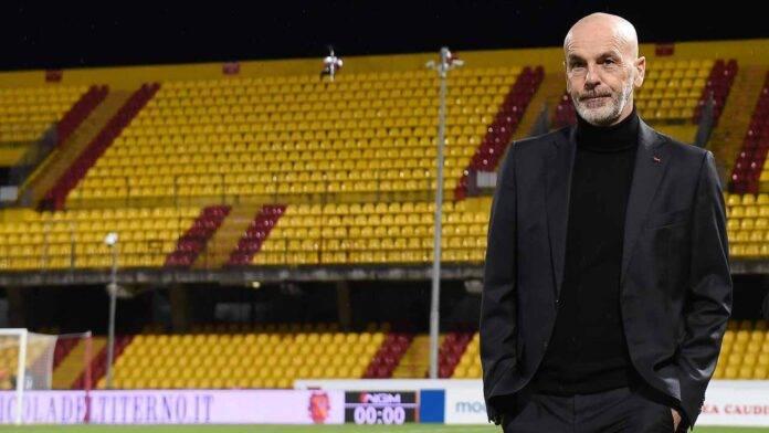 Stefano Pioli entra in campo