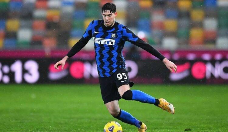 Bastoni in Inter-Juventus