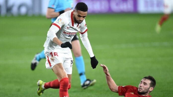 Youssef En-Nesyri in azione