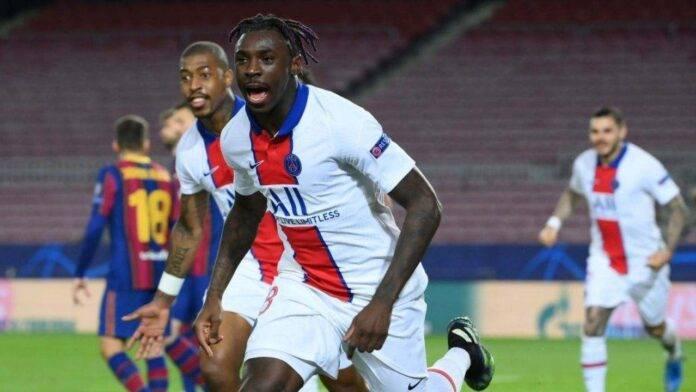 Kean esulta dopo il gol al Barcellona
