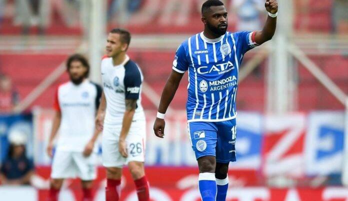 Morro Garcia esulta dopo uno dei suoi ultimi gol
