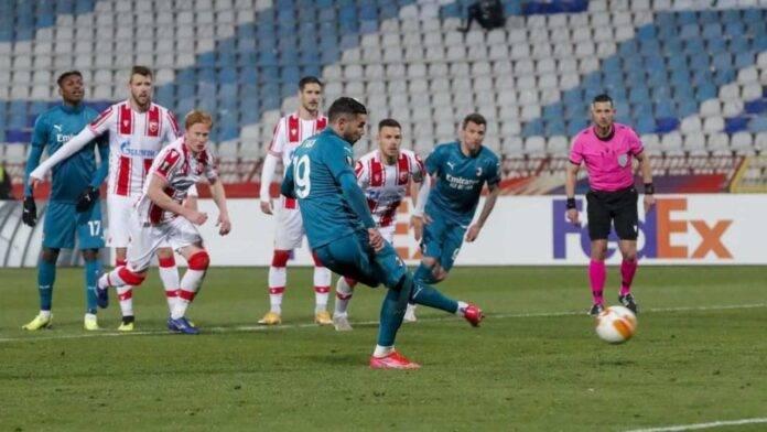 Theo Hernandez calcia il rigore della vittoria