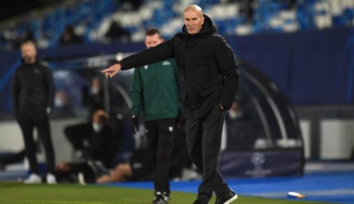 Zidane dà indicazioni