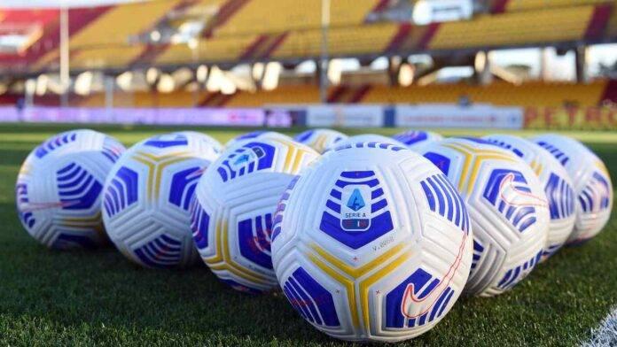 I palloni della Serie A usati durante Benevento-Fiorentina