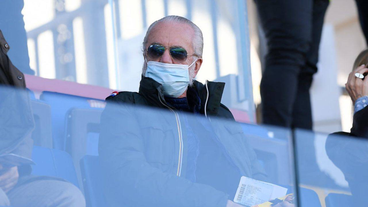 De Laurentiis in tribuna