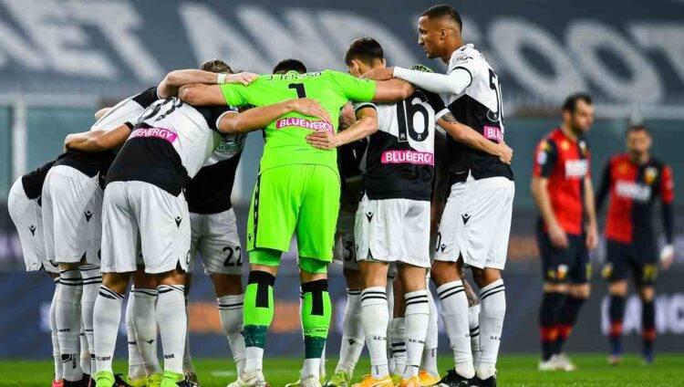 Il cerchio dei calciatori dell'Udinese