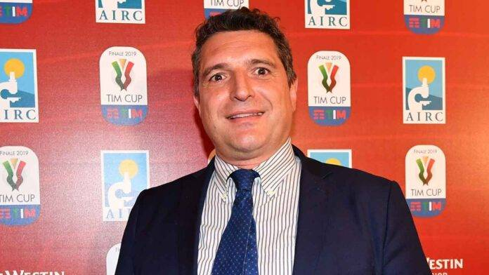 Luigi De Siervo in posa