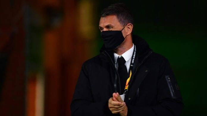 Paolo Maldini in tribuna