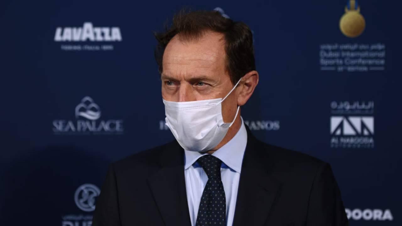 Butragueno con mascherina