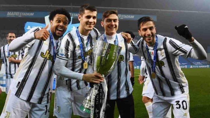 La Juventus festeggia la Supercoppa