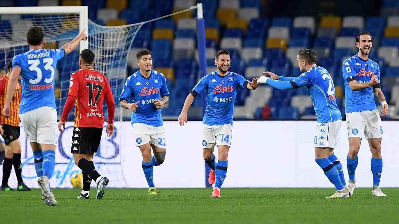 Il Napoli esulta al gol