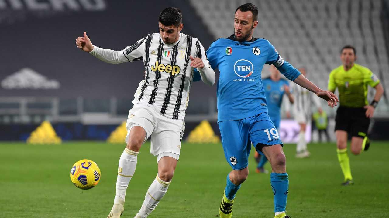 Alvaro Morata e Claudio Terzi in azione