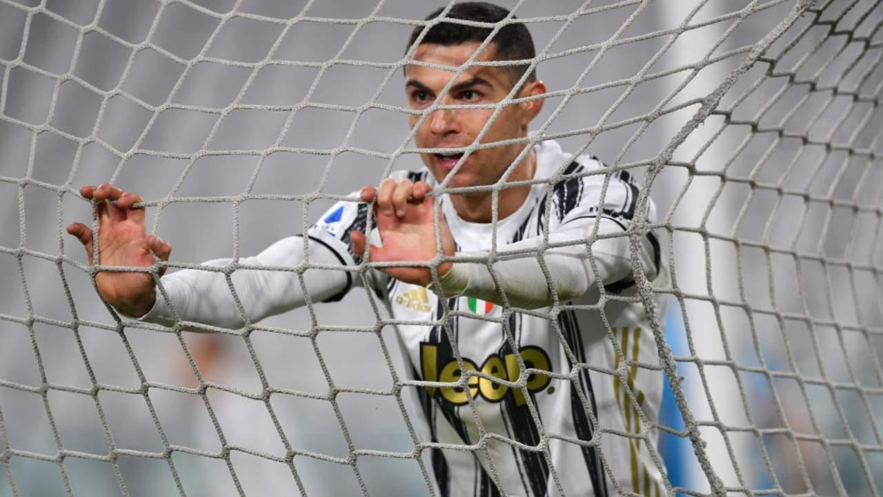 Cristiano Ronaldo e la rete di porta