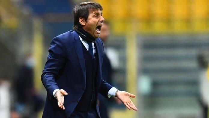 Antonio Conte in campo