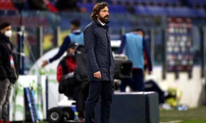 Pirlo a bordo campo in Cagliari-Juventus