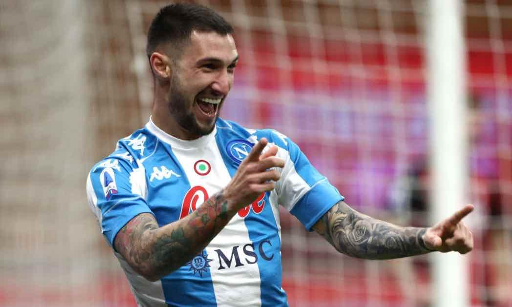 Politano esulta per il gol in Milan-Napoli