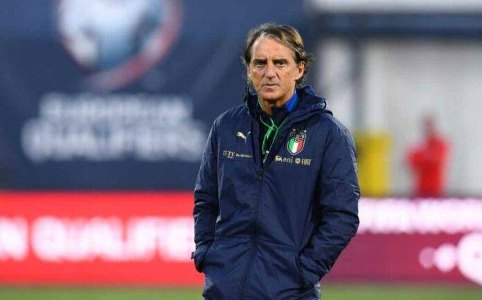 Roberto Mancini ct dell'Italia in campo