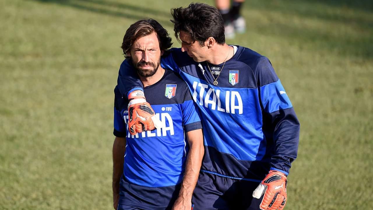 Buffon abbraccia Pirlo