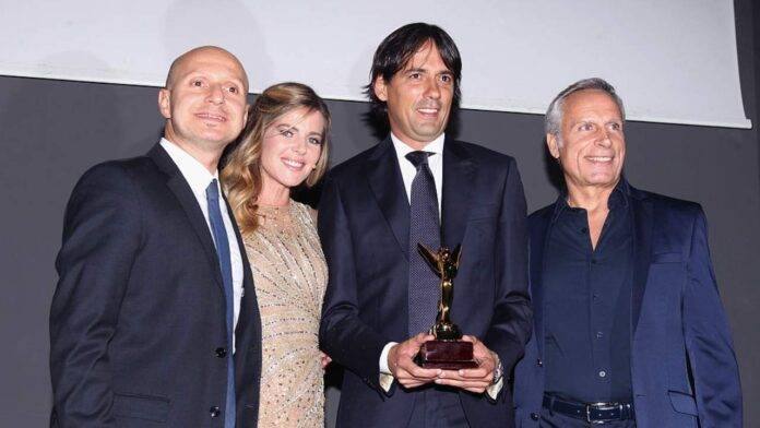 Inzaghi e Corapi durante una premiazione