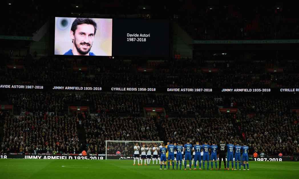 Il ricordo di Astori a Wembley