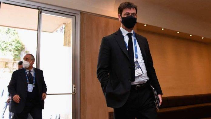 Superlega Ancelotti scherzo