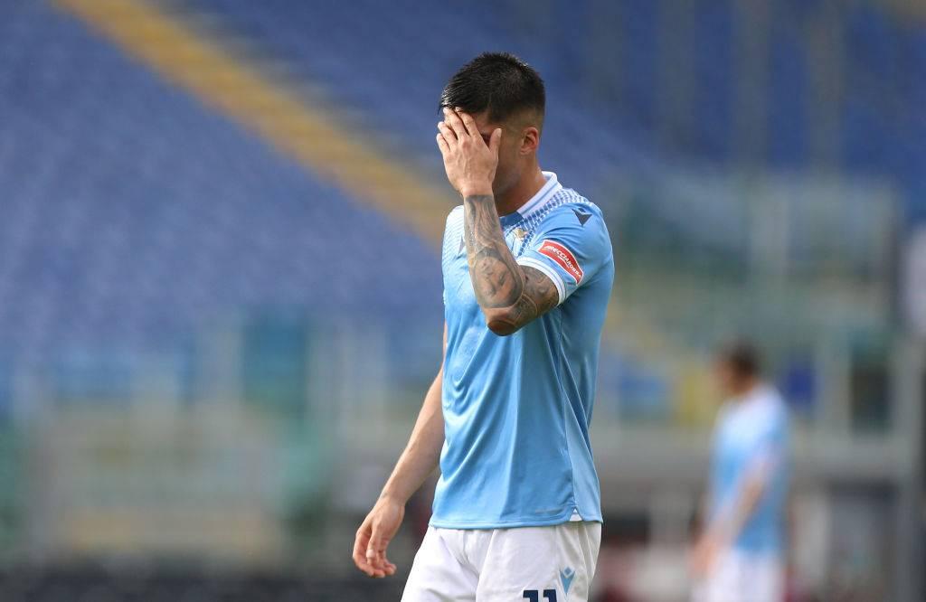 Lazio-Spezia, Correa lascia il campo dopo l'espulsione