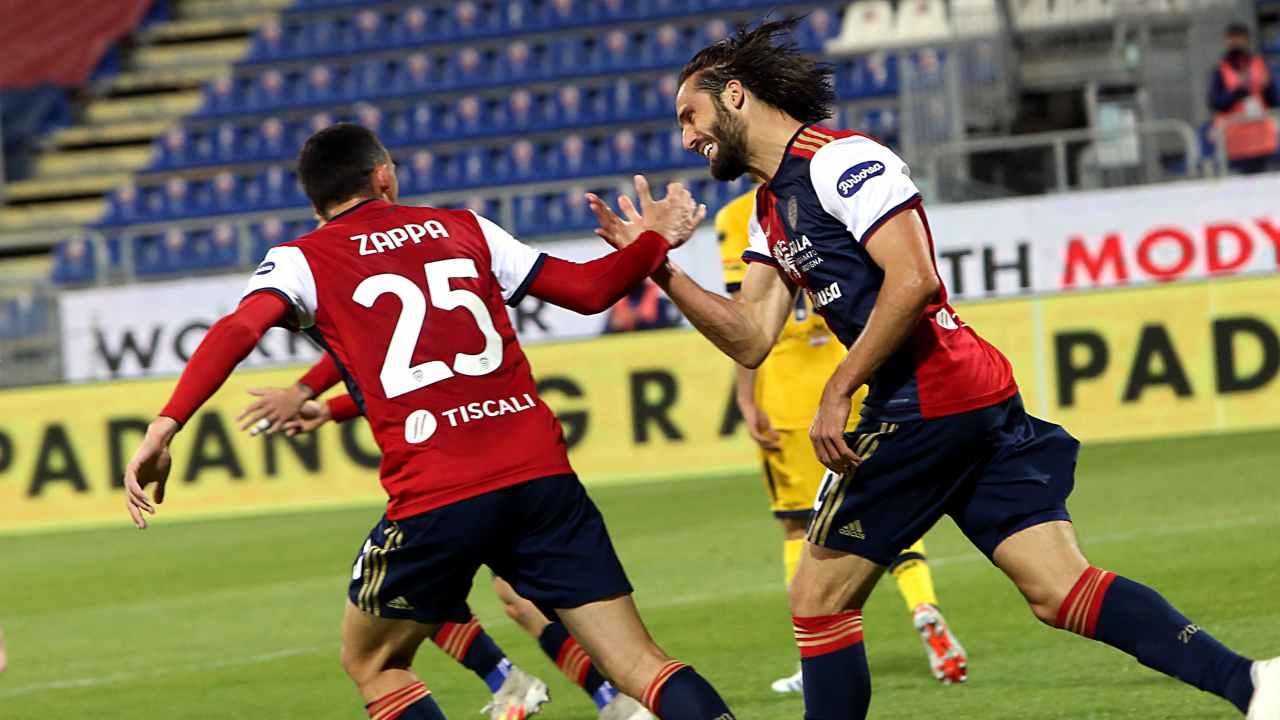 Cagliari-Parma in campo