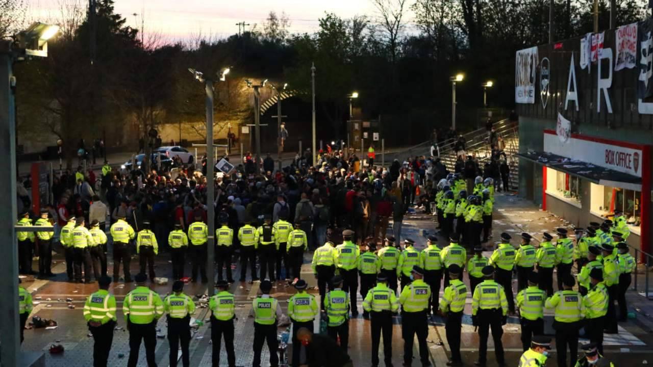 Proteste tifosi dell'Arsenal