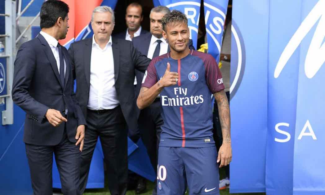 Neymar nel giorno della presentazione col PSG